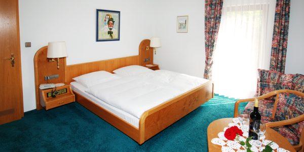 Doppelzimmer - Gasthaus zur Eiche Hausach